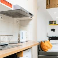 Cozy studio in a lively neighborhood 20th arr