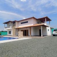 Finca villa Lorena en Santa Elena Palmira