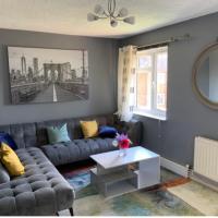 Impeccable 2 bed flat in Ashford near Ashford Int