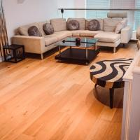 Luxurious 3 Bed Triplex with Private Terrace. London..
