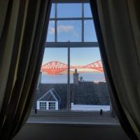 Rooms at Ravenous Beastie, hotel in Queensferry