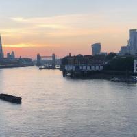 Stunning Riverside Views Penthouse Apartment