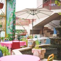 Damask Rose, Lebanese Guest House, hotel in Jounieh