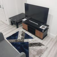 Den Accommodation 3 Bedroom Modern Apartment Brilliant For Families, Professionals & Leisure guests , Greenwich