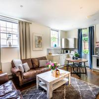 Middlethorpe Manor - No 5 Lazy Days and Explore