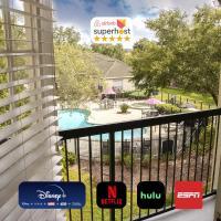 10 mins to Disney - Hot tub - King Purple mattress, hotel in Orlando