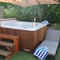 Palm 1 Park Home With Hot Tub