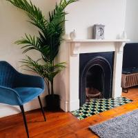 2 Bedroom Reading House - With WiFi, Netflix, Parking, Private Garden