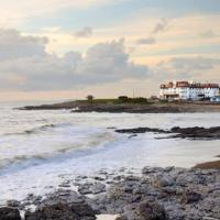 3 bedroom Porthcawl house 10 min walk to the beach