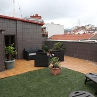 Luminoso con terraza en Portugalete, hotel in Portugalete