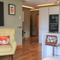 Altrincham Apartment Great Transport Links