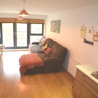 Brentwood - Large 2 bedroom apartment