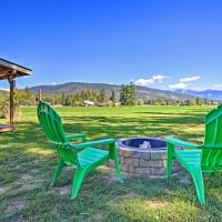 Tranquil Bonners Ferry Cabin - 4 Mi to Dtwn!, hotel in Bonners Ferry