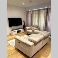 Luxury 1 Bedroom Apartment with Netflix & Parking