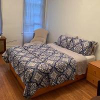 Cozy 2 bedroom apartment in Queens, hotel in Jackson Heights