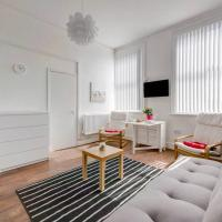 Airy apartment in the city center 4