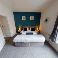 Suffolk House 3 or 6 Bed setup Workstays UK