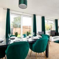 The Stunning Emerald House of Manchester - Garden