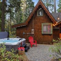 Dancing Cubs Camp - Hot Tub cabin, hotel in Homewood