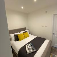 Canterbury HH - En-suite Room near City Centre Inc Parking