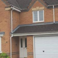 A BEAUTIFUL SPACIOUS ENTIRE 5 BEDROOMED HOME