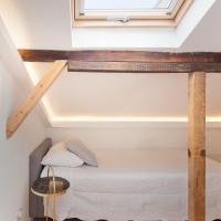 Tiny Cosy Room- Alcantara