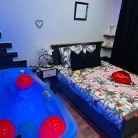 douceur d'une nuit ( studio jaccuzi ), hotel near Marseille Provence Airport - MRS, Vitrolles