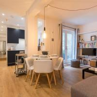 Spacious 2-Bed Apartment with Outside Space
