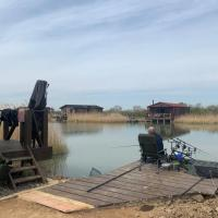 Lakeside Fishing Pods