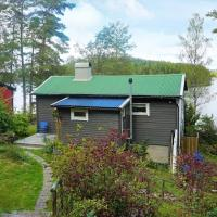 Holiday home APLARED, hotel in Svaneholm
