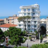 Hotel Bracciotti, hotell i Lido di Camaiore