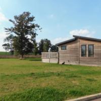 Spacious 2-Bed Lodge in Bury Saint Edmunds