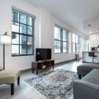 Beautiful Modern Condo - Heart of Business District 401
