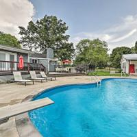 Secluded Escape with Pool - 15 Mi to Nashville!, hotel in Joelton