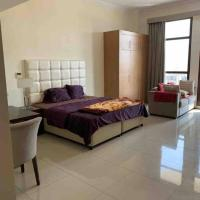 Lovely studio apartment with gym & pool facility