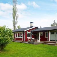 Holiday home DJURHAMN VI, hotel in Djurhamn