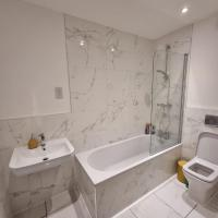 Westend - New build, 1 spare bedroom to rent during COP26