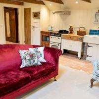 Pass The Keys Goose Feather Barn, Wedmore luxury cottage for two
