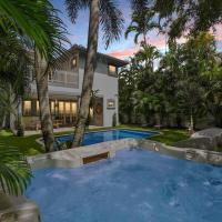 Luxurious Villa Versace │Pool │Close 2 Beach, hotel in Miami