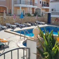 Apartamento T1 (2-4 per.)com Piscina, perto da Praia, hotel in Olhos de Água