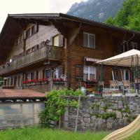 Haus Iseltwald، فندق في ايسلتوالد