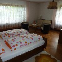 Gast- und Gästehaus Simon, hotel in Greifenstein