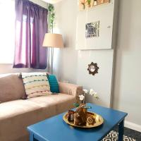 Accommodation in West London with front driveway 10mins from Heathrow Airport