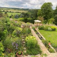 Idyllic Eco-Barn with magical views and deerpark