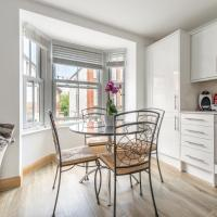 Seagrass Henley - 2 Bed Entire Serviced Apartment