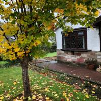 Private Bungalow, 3 double bedrooms, in Quiet Suburb 20mins from COP26