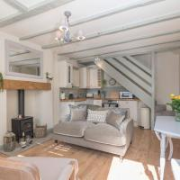Hideaway Cottage - Central Richmond