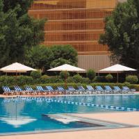 Radisson Blu Hotel Doha, hotel in Doha