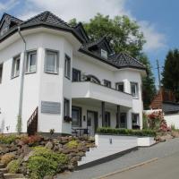 Gästehaus Ballmann, Hotel in Rockeskyll