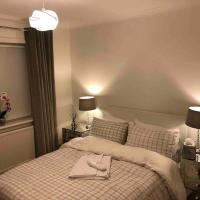 2 bed house COP26 renting in outskirts of Glasgow